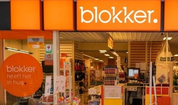 <p>De nieuwe winkel in Ridderkerk komt tegenover de Jumbo-supermarkt, waar nu nog een tijdelijke vestiging van Duifhuizen is. </p>