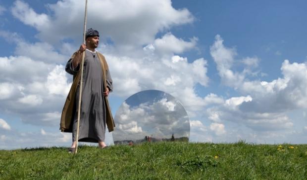 <p>De profeet Agabus gefilmd op de Gaatkensbult. (foto: Sidney Bakker) </p>