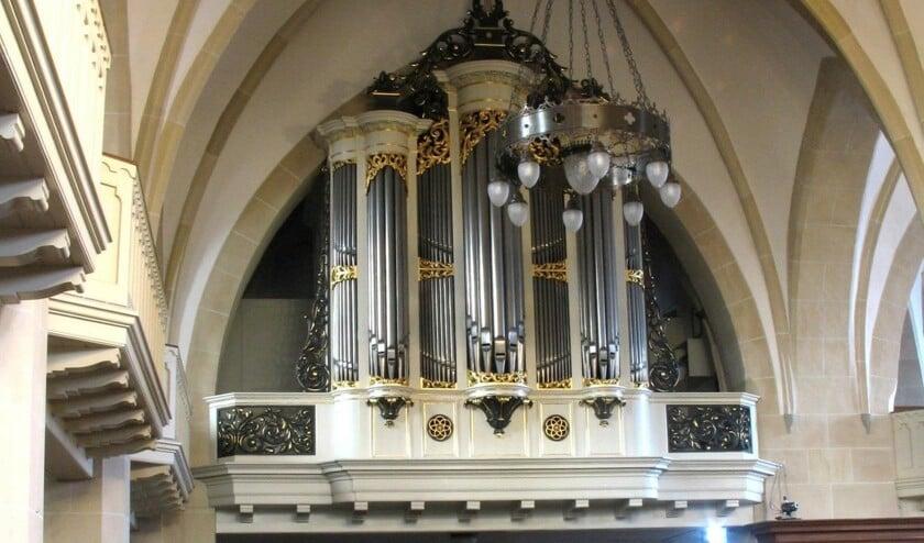 <p>Het orgel in de Schildkerk waarop Jaap Zwart op 24 juli zal spelen.</p>
