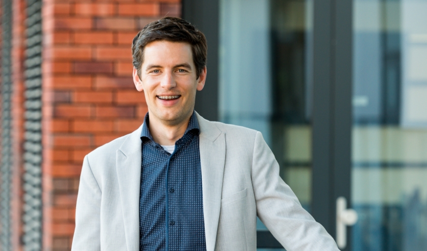 RIJSSEN - Wethouder Erik Wessels kon verder met de aankoop van de gronden.