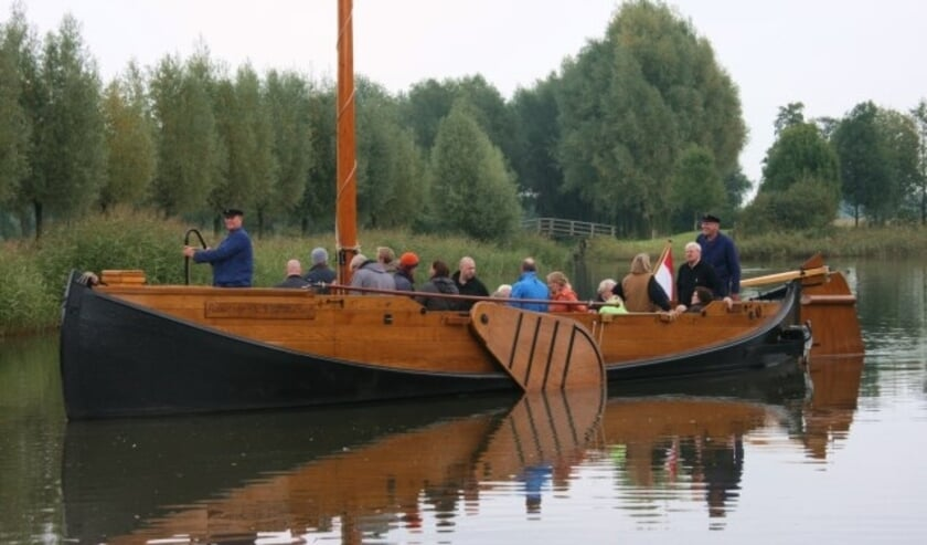 <p>Om het varen met de Enterse Zomp mogelijk te maken is de Regionale Stichting Enterse Zomp op zoek naar schippers en gastvrouwen.</p>
