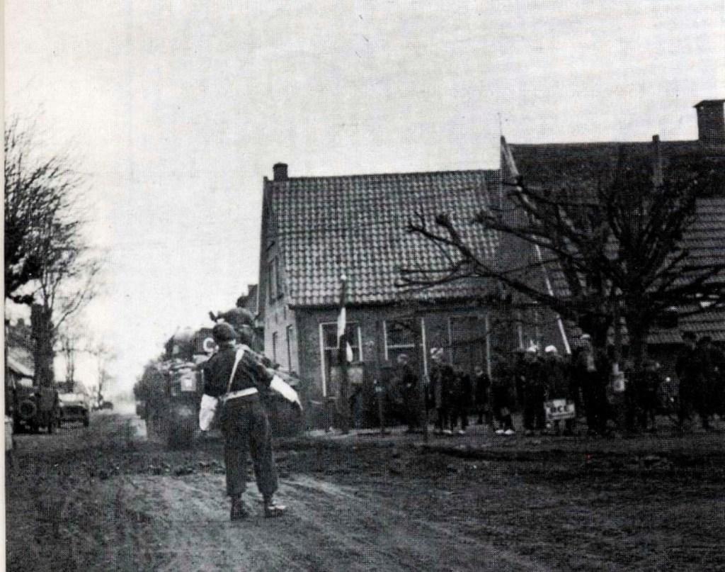 Canadezen bij het Weldam op weg naar Goor Foto: - © DWF mediamakers