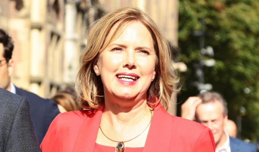 Minister Van Nieuwenhuizen