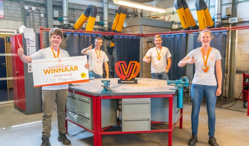 Het winnende team van het CSG Reggesteyn uit Rijssen, deelnemers aan de Vakkanjer Challenge 'Creating space for children'.