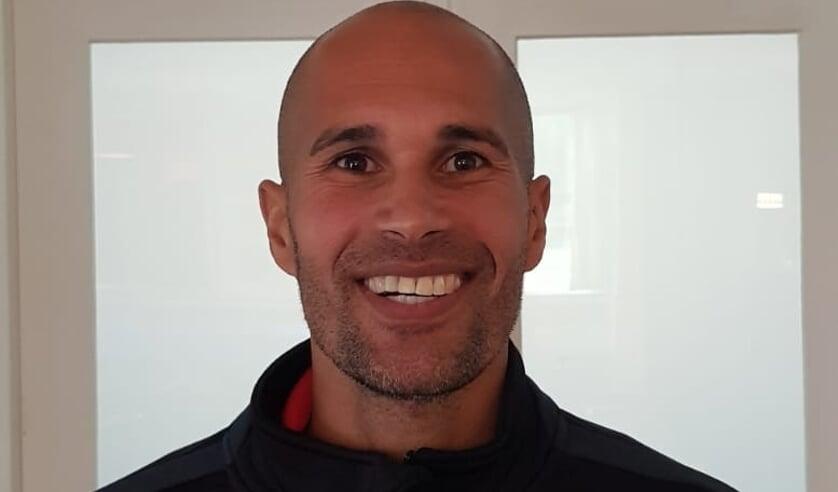 <p>Trainer Arnold Marshall van PW won al twee wedstrijden.</p>
