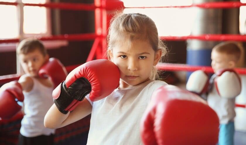<p>De Welle houdt sportieve activiteiten in de herfstvakantie voor kinderen en jongeren. Met survival-challenges op het Lageveld &eacute;n een kickbox-proefles.</p>