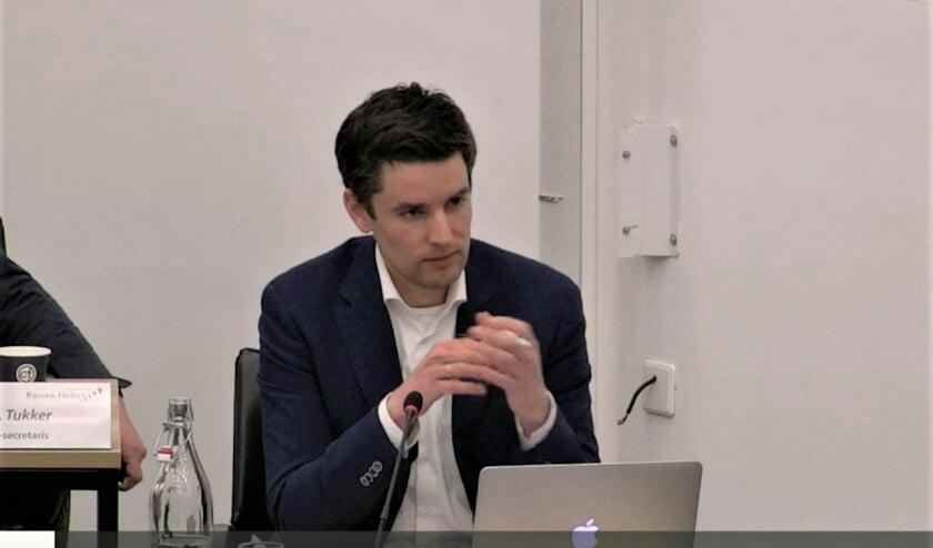 <p>RIJSSEN - Wethouder Erik Wessels (CDA) is blij dat er in Holten veel betrokkenheid is bij het invullen van het Enkco-terrein.</p>