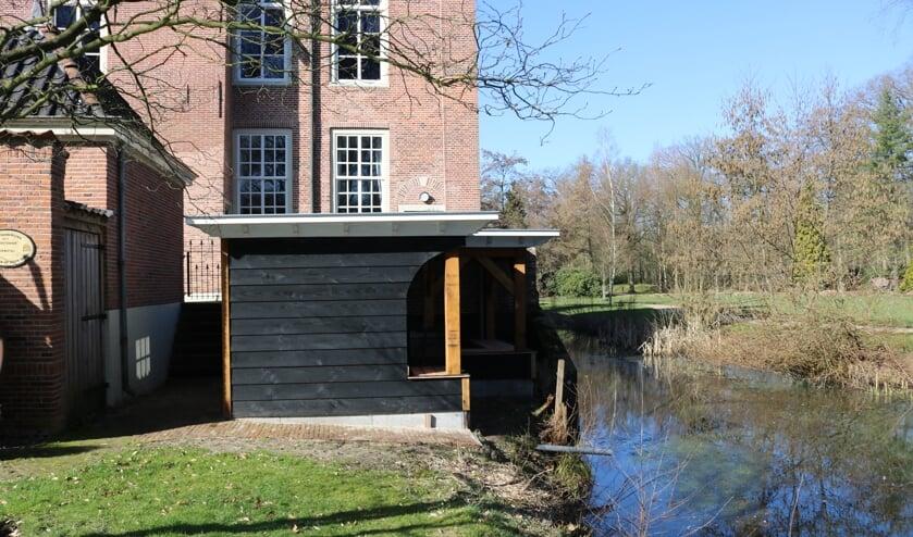 RIJSSEN - De bijenstal van Imkersvereniging De Oosterhof is gereed en bewoond.