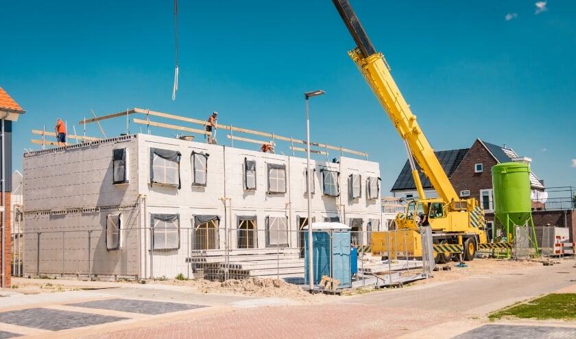 <p>De bouwsector zag een fikse omzetgroei. Goed nieuws voor Twente, waar relatief veel bouwbedrijven te vinden zijn.</p>