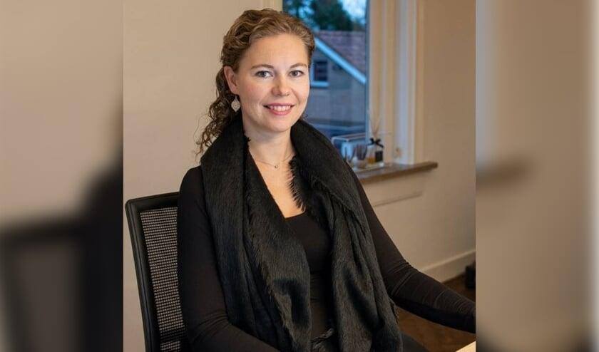 <p>Elise Handlogten-Hofmeijer</p>