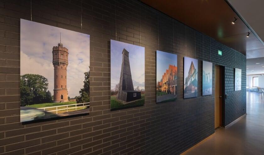 <p>Tentoonstelling Architectuur in Twente van architectuurfotograaf Bart van Hoek</p>