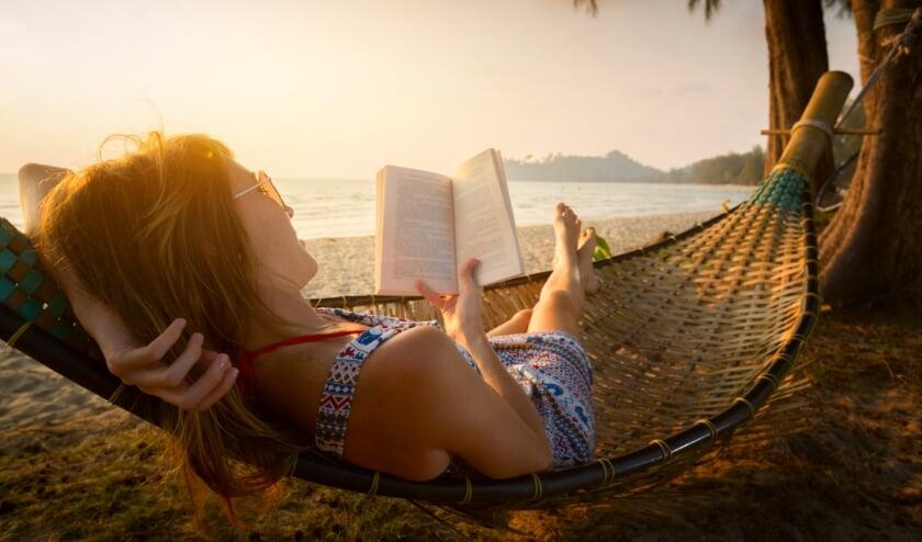 <p>Lezen in de vakantie is goed voor de taalontwikkeling van jonge kinderen - en gewoon leuk voor ons volwassenen!</p>