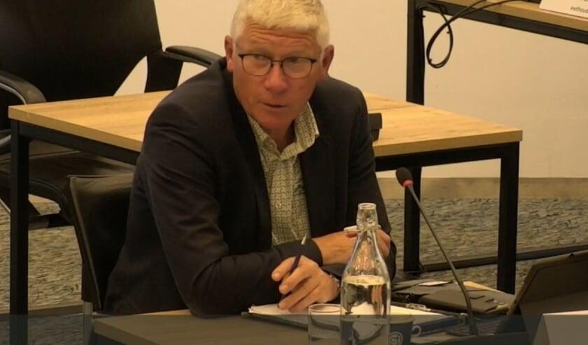 RIJSSEN - Jan Berkhoff (CU) vraagt aandacht voor de ouderen.