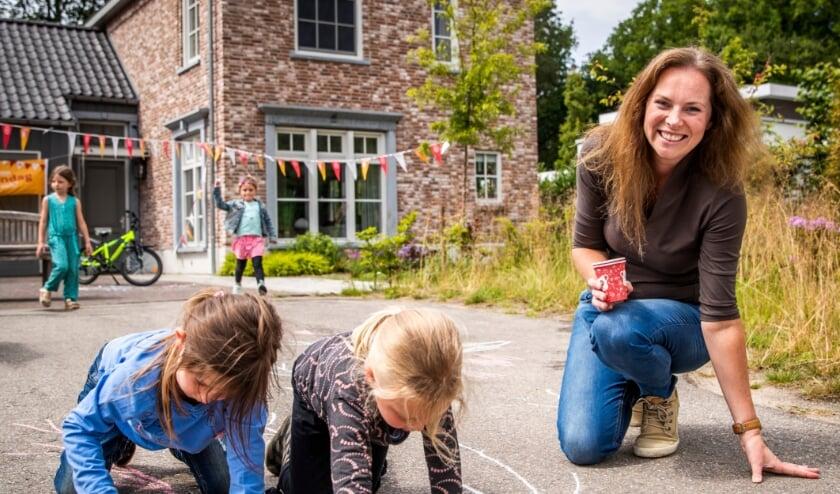 <p>Spelende kinderen. Foto: &copy;Oranje Fonds - Remko de Waal </p>
