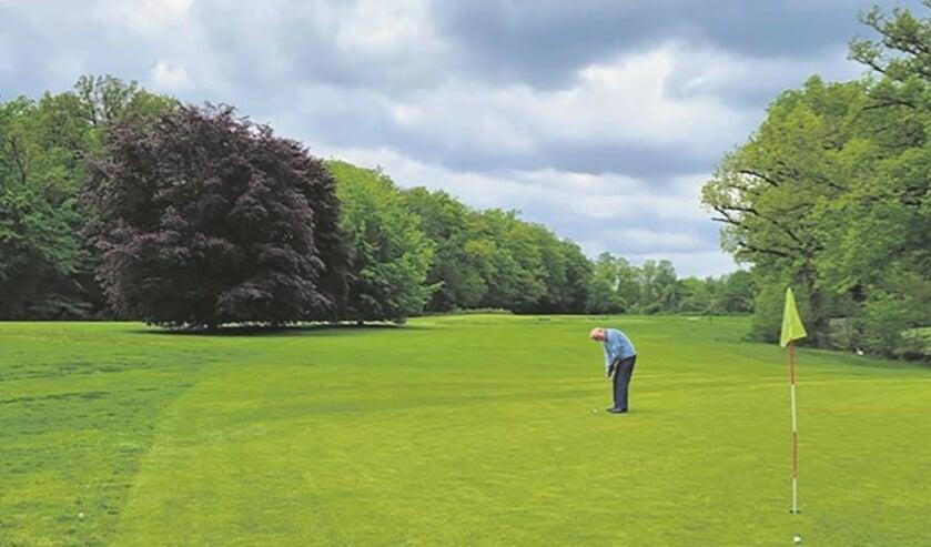 <p>PW Golf wil er graag nog wat leden bij hebben. Hole 2 is de langste hole met 276 meter, hole 5 met 78 meter de kortste.</p>