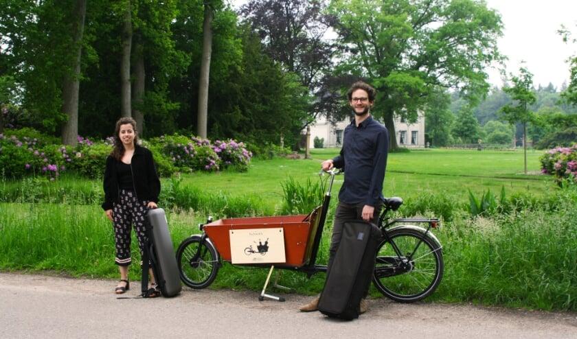 <p>De Bachmobile brengt klassieke muziek ten gehore op bijzondere plekken in de Twentse natuur. Een mooie manier om ook nu zichtbaar te blijven in deze uitdagende tijd.</p>