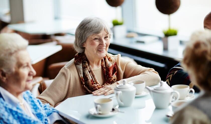 <p>Ontmoetingsmomenten voor senioren vallen al goed in de smaak. Er is ook voor u een leuke activiteit te vinden in De Kappen!</p>