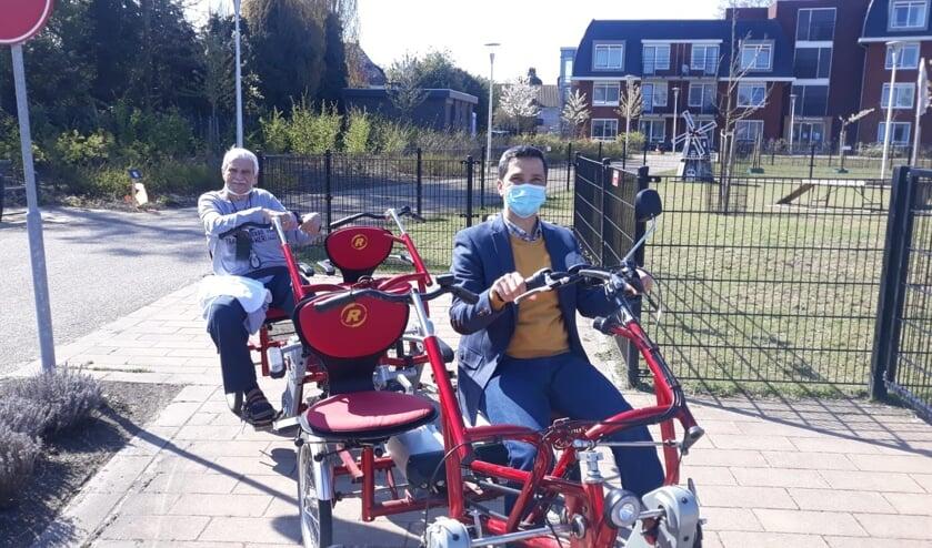 <p>Ali Ihsan Kurekci is een asielzoeker die wat bij wil dragen aan zijn verblijf in Nederland. Zo is hij actief op de duofiets.</p>