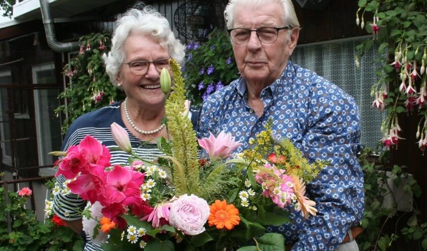<p>Het echtpaar Borghuis-Nordkamp in Oldenzaal vierde afgelopen week hun 60-jarig huwelijksjubileum.</p>