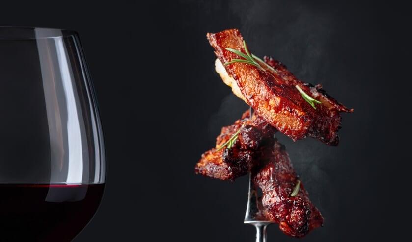 <p>Genieten voor de culinaire liefhebber: het Zwijn en Wijn Festijn op zaterdag 4 september bij Boer&#39;n Bistro &#39;t Peuleke in Rossum</p>
