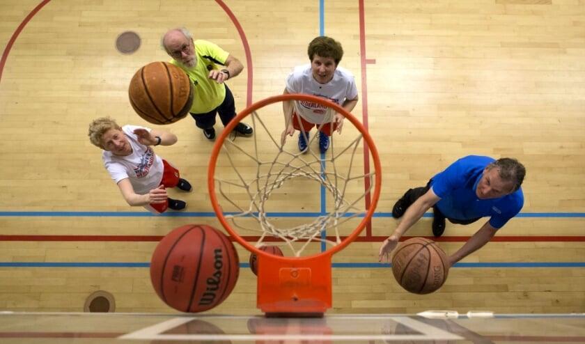 <p>Maak tijdens de OldStars Beweegdag kennis met tal van sporten. Er is voor iedereen wel een juiste keuze.</p>