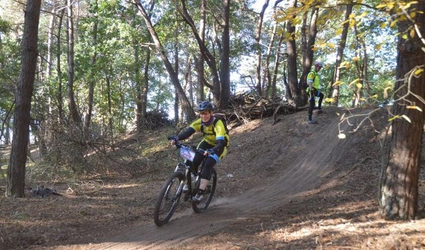 <p>Beginnen met mountainbike? Volg dan eerst lessen bij de Almelose toerfietsvereniging Ruiten Drie.</p>