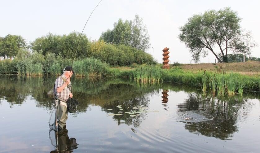<p>In De Doorbraak mogen liefhebbers van vliegvissen hun hobby uitoefenen. Hiervoor is wel een vergunning nodig.</p>