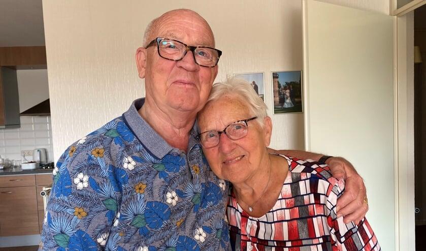 <p>Wicher en Gea Dam zijn op 6 oktobr zestig jaar getrouwd. (Foto: Bernhard Dam)</p>
