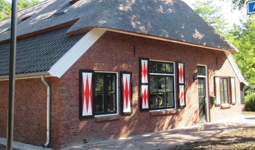 <p>De Hobbyboerderieje biedt ruimte aan kunstenaars en hobbyisten om met verschillende materialen en technieken aan de slag te gaan.</p>