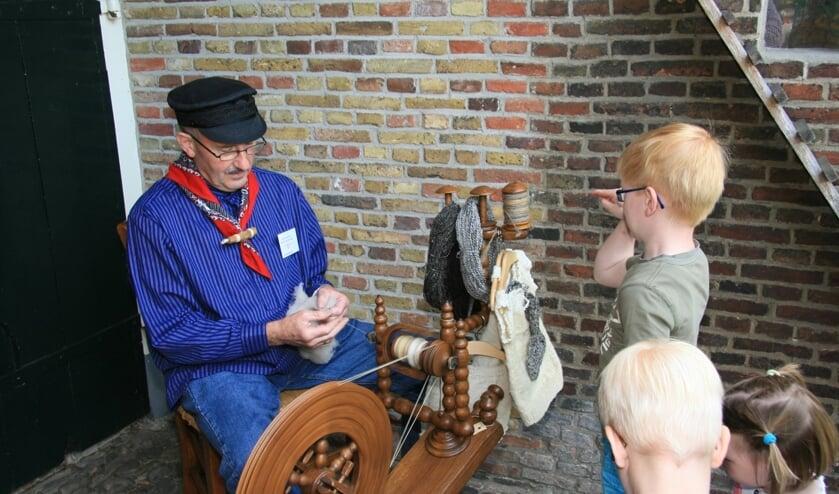 <p>Bezoek eens gratis museum Erve Hofman op Open Monumentendag. Er zijn ook leuke demonstraties van uiteenlopende oude ambachten.</p>