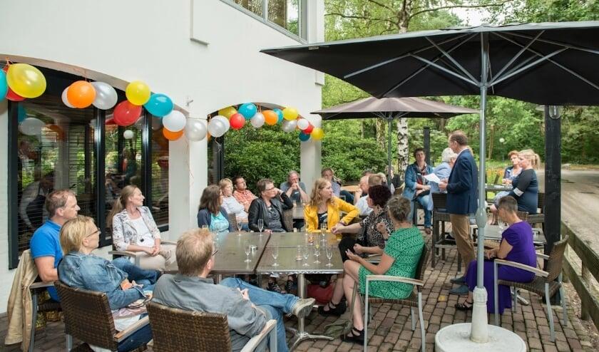<p>ONE Twente is h&eacute;t netwerkplatform voor zp&#39;ers in Twente. Binnenkort wordt het online magazine ZP Twente Magazine gelanceerd. Foto: Henk van der Mey - Meydesgin Photography</p>