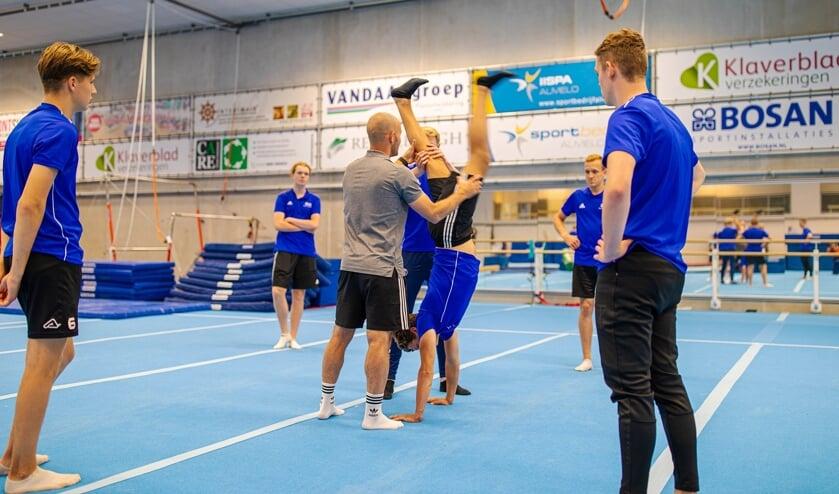 <p>In de IISPA in Almelo krijgen studenten van de ROC opleiding Sport &amp; Bewegen dit schooljaar les.</p>