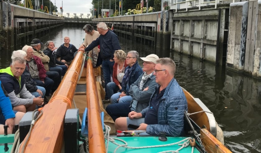 <p>De Stad Almelo II is weer in de vaart en gaat van Almelo naar Vriezenveen.</p>