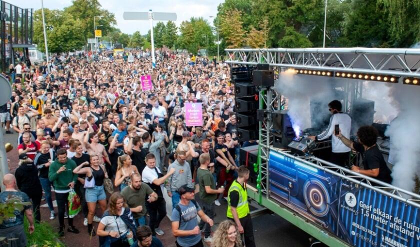 <p>De Unmute Us manifestatie trok zaterdag naar schatting zo&#39;n 12.000 deelnemers. (Foto: Robert Hoetink)</p>