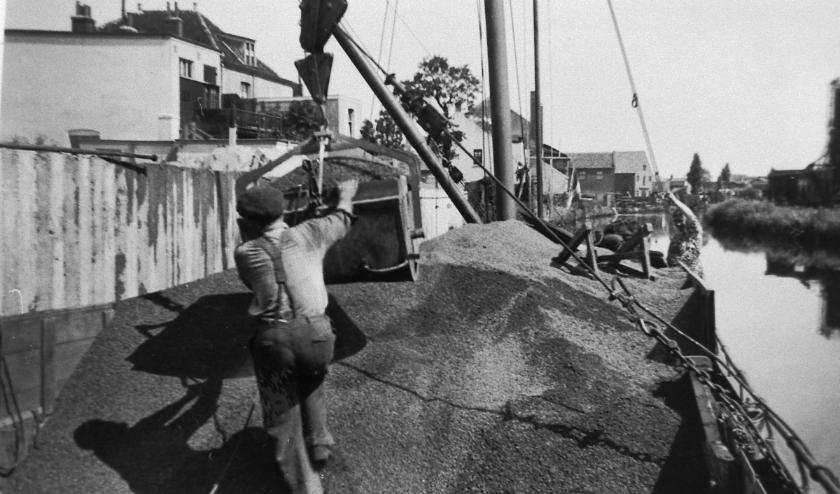 De Klinkerisoliet produceerde een soort kunstmatige lava, korrels, zoals tegenwoordig in de hydrocultuur gebruikt worden. Indertijd was het een halffabrikaat, dat werd toegepast in beton, waardoor het lichter werd en beter isolerend.