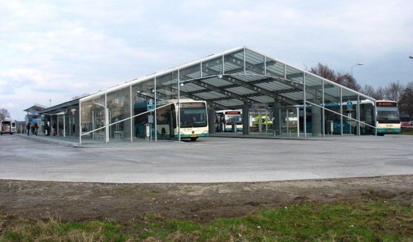 Busstation Reedijk in Heinenoord.