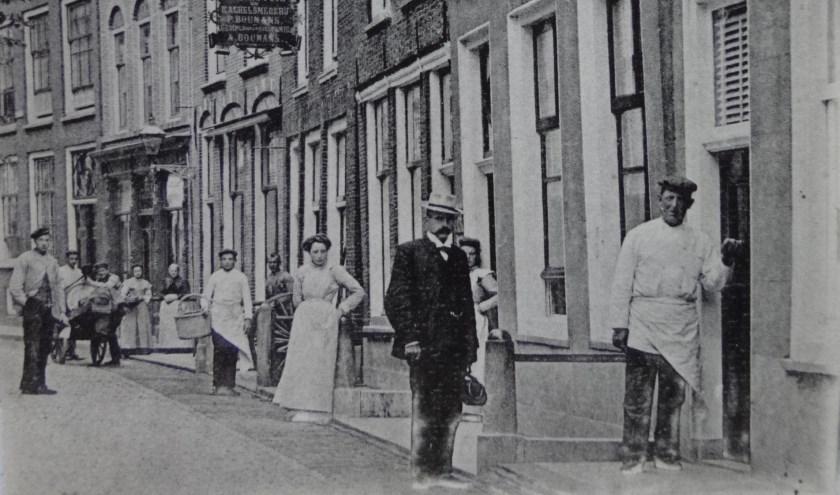De Korte Havenstraat in Oudewater zoals die er voor 1905 uit heeft gezien.