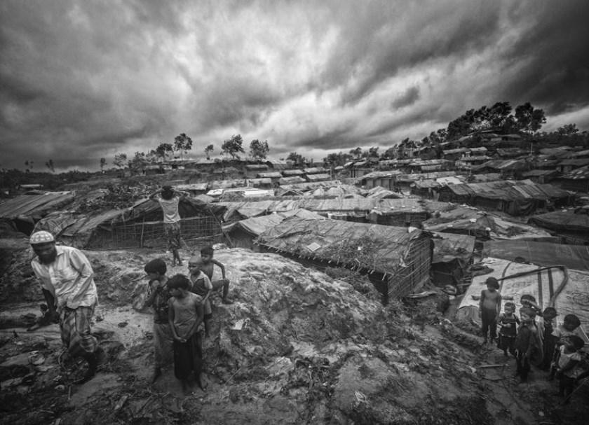 Bangladesh, Myanmar, Black and white, 2017. (foto: Humberto Tan)