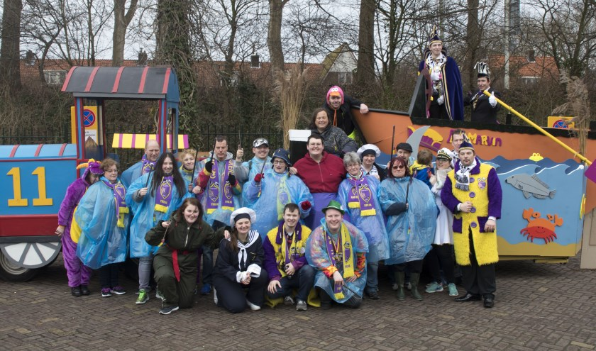 De Doorzakkers gaan het carnaval in Delft in heel Nederland promoten. Ze houden er een vlog van bij, waarmee ze mikken op 14- tot 18-jarige Delftenaren.