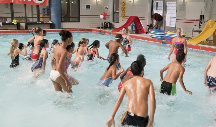 Al vier jaar worden er activiteiten georganiseerd voor bovenbouwleerlingen met als doel: meer kinderen zwemvaardiger maken.