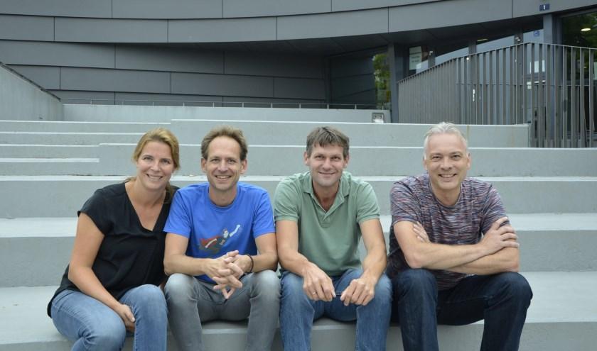 De vier bewoners/vrijwilligers én theaterprogrammeurs (vlnr.) Inge Nuijten, Egon Stoffelen, Roy van de Kerkhof en Petro van Ginneke.
