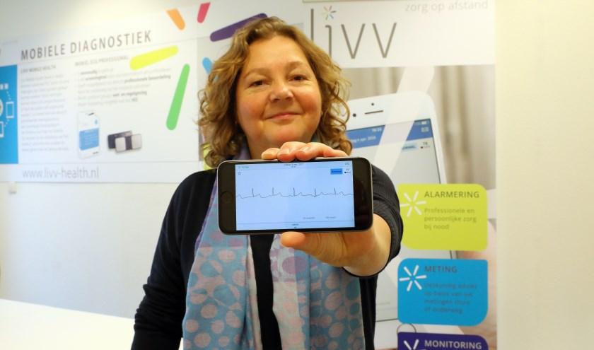 """Mirjam Boonstra van Livv Mobile Health. """"Wij hebben een dienst ontwikkeld, waarmee je zelf thuis of onderweg een hartritmestrook kunt maken binnen dertig seconden."""""""