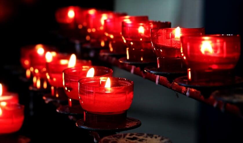 <p>Alle zondagen in augustus en september is de kerk aan de Willem de Zwijgerlaan 2 in Kloosterzande te bezoeken van 14.00 tot 17.00 uur.&nbsp;</p>