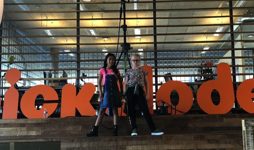 Aniek en Ju-lieke zijn vanaf 7 oktober bij Nickelodeon te zien.