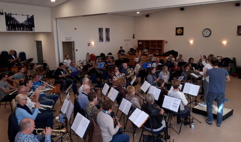 De Maestro's hebben wekenlang geoefend met De Gildezonen.