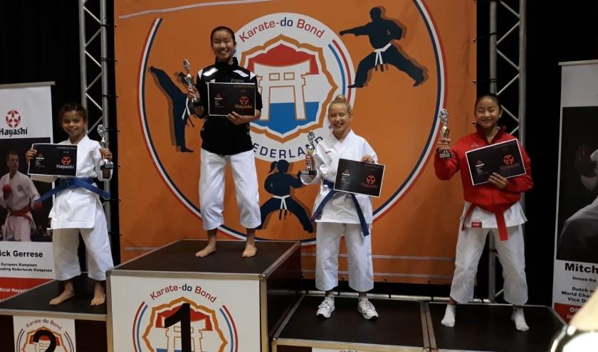 Vier karateka's van Do Muga Mushin Ryu uit Enschede deden mee aan het jeugd NK.