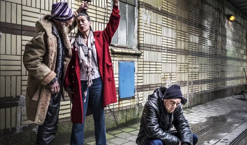 Een scene uit het stuk 'Thuislozen' (foto: Jenneke Boeijink).