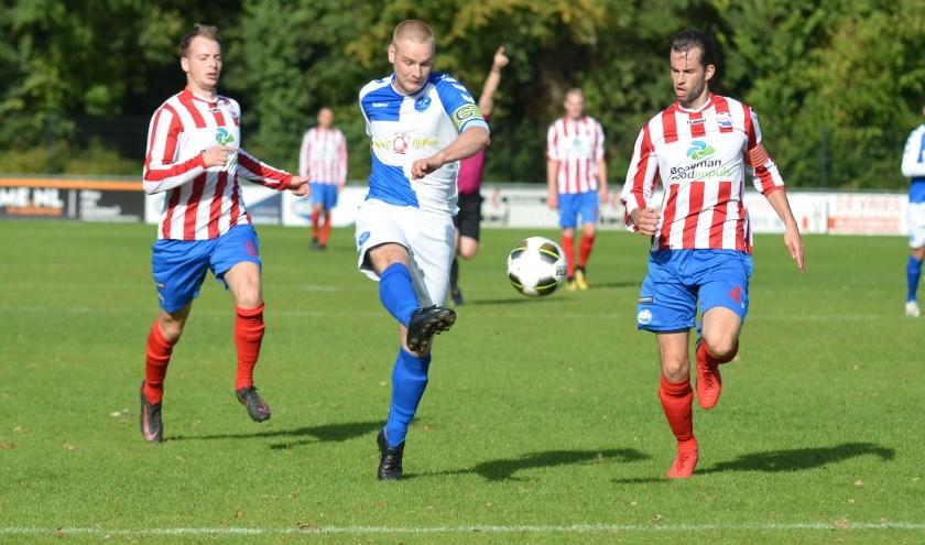 In de tweede wedstrijd van het seizoen moest Drechtstreek zijn meerdere erkennen in Roda Boys/Bommelerwaard. (Foto: Privé)