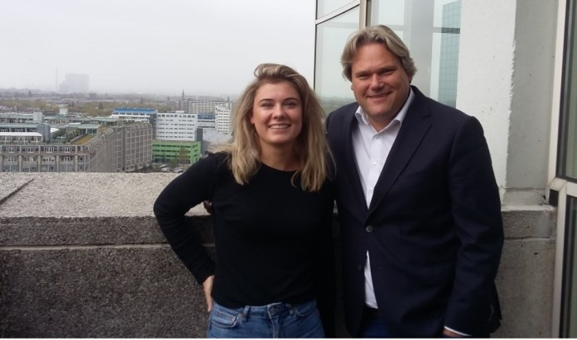 Presentatrice Mathilde Simon en Jan Dirk Stouten van Recht Uit Rotterdam.
