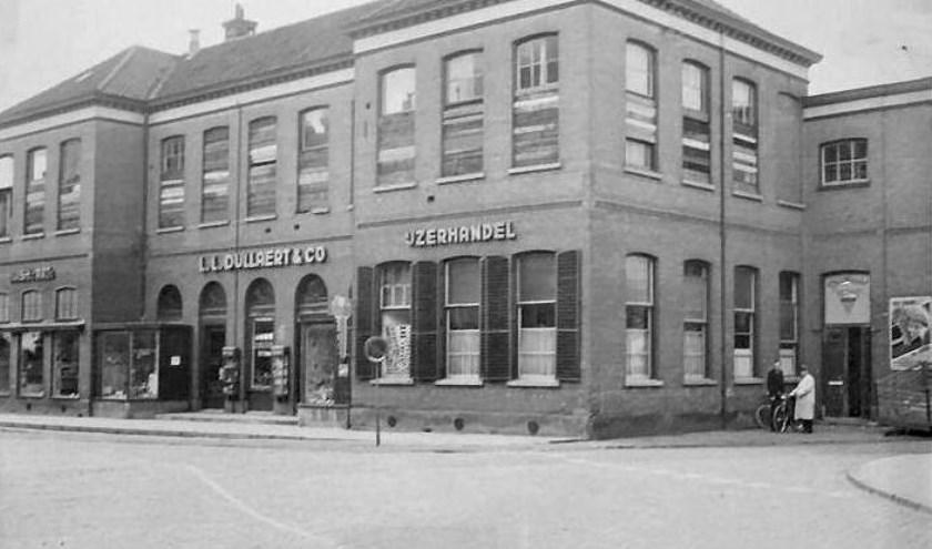 Voormalige school A van Tilstraat. Na 1945 was fa. Dullaert er gevestigd. (Foto: Musea Zutphen)
